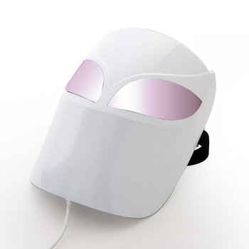 Most sold 2020 Near-infrared mask LED light remote control charging facial mask Featured Image