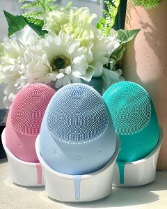 Rechargeable battery Face Brush Silicone Facial Cleanser Brus